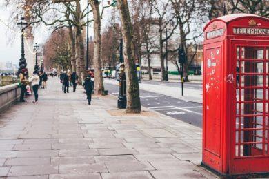 Adiós gradual a las míticas cabinas de teléfono de Reino Unido