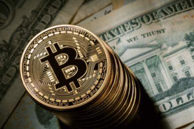 La criptomoneda Bitcoin roza los 3.200 dólares, nuevo récord