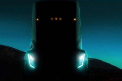 Tesla podría llevar su tecnología autónoma a los camiones