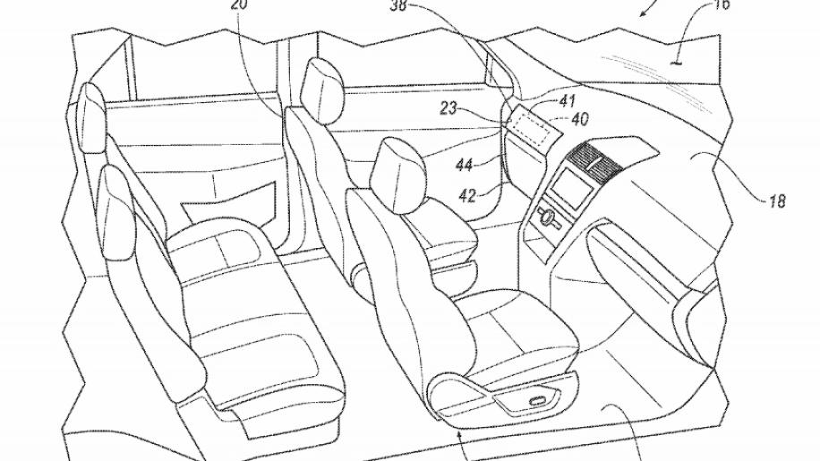 Ford patenta sistema de pedales y volante removibles 34