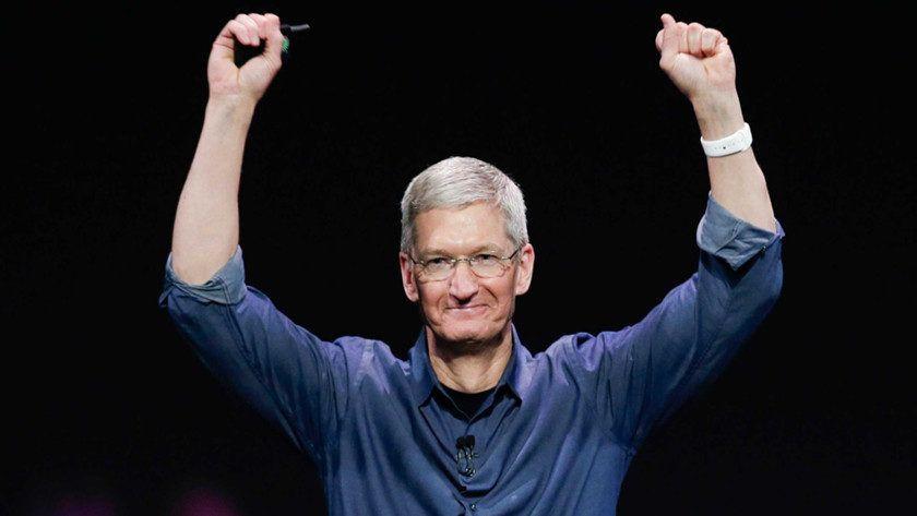 """Tim Cook dice que el iPhone X """"es barato"""""""