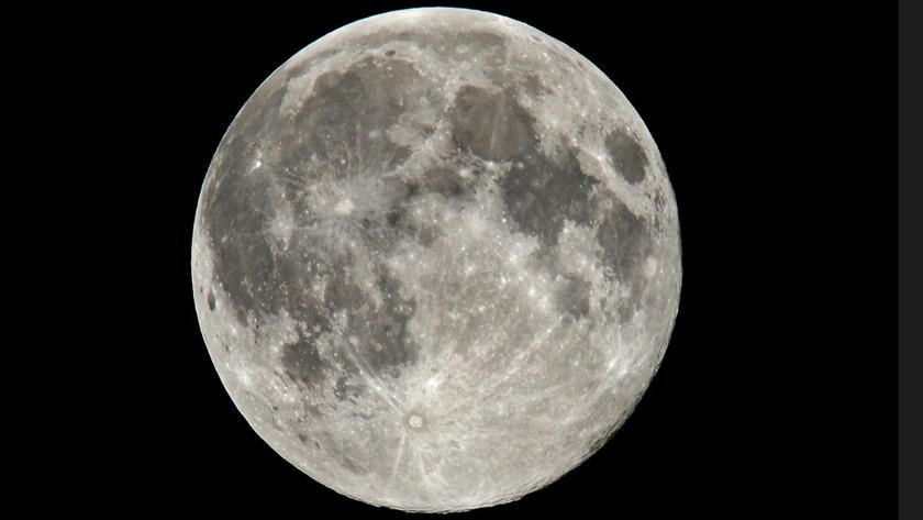 Estación Espacial Lunar