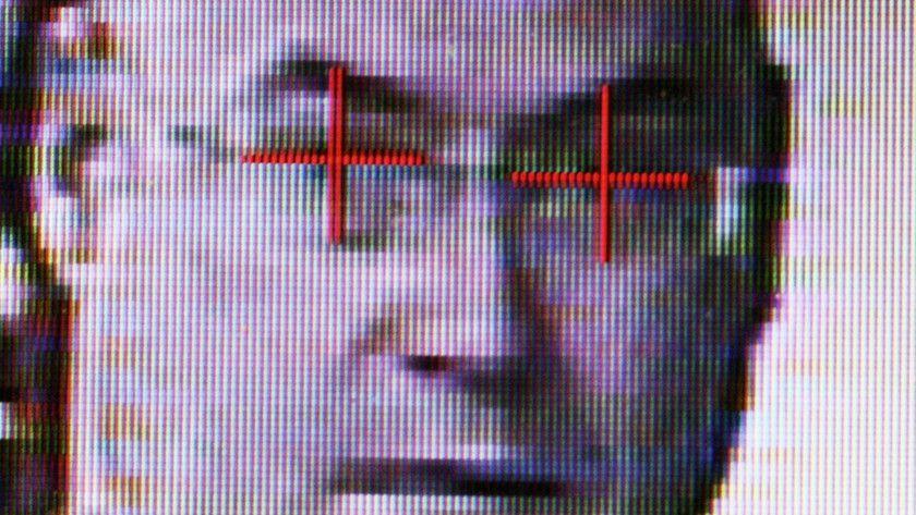 FaceID de Apple podría utilizarse para espionaje masivo 29