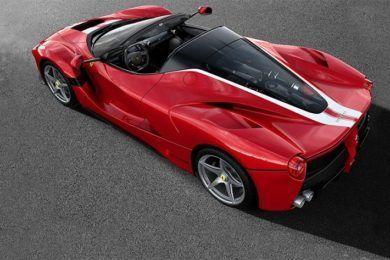 Ferrari subastará un Laferrari Aperta para ayudar a Save the Children