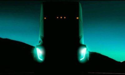 Tesla presentará su camión eléctrico el 26 de octubre 123