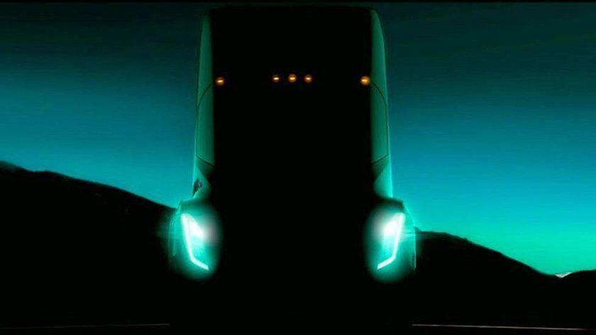 Tesla presentará su camión eléctrico el 26 de octubre 29