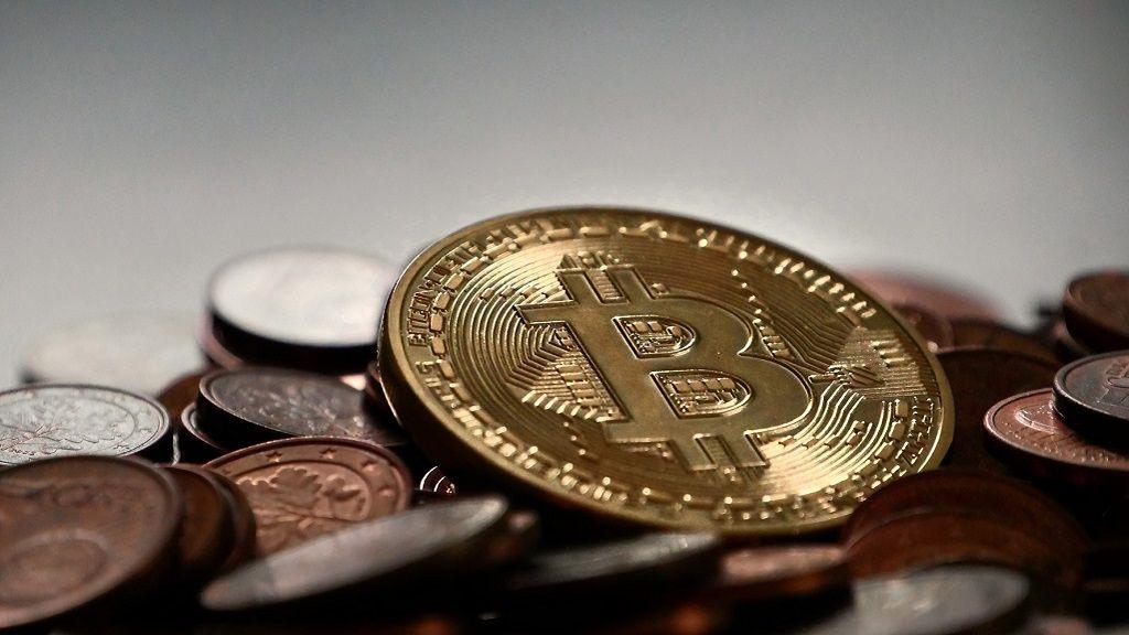 China impide a los ejecutivos de Bitcoin salir del país 29
