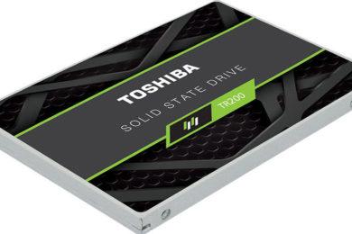Toshiba comercializa las SSD TR200