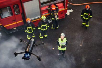 Parrot desarrolla drones para bomberos y granjeros