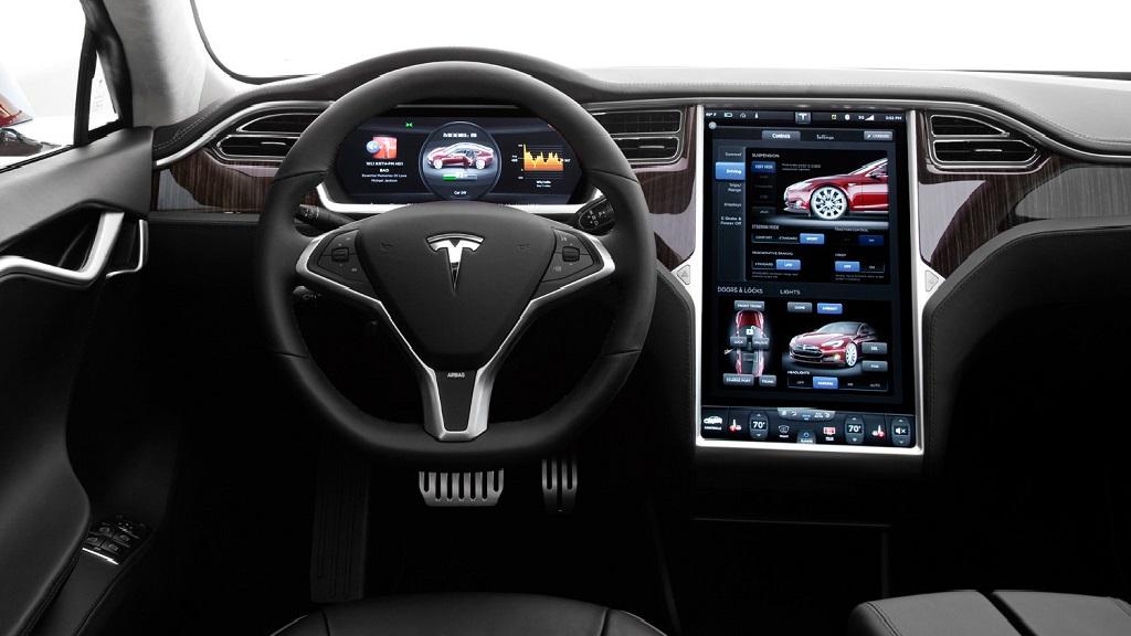 Los sistemas de infoentretenimiento generan distracciones al volante 31