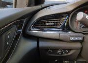 Opel Insignia 2017, agazapado 90