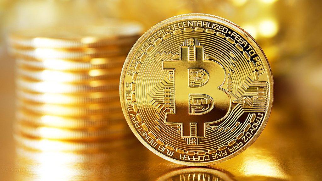 Sigue la locura, Bitcoin supera los 9.000 dólares 29