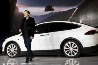 Elon Musk cree que el hardware actual conduce tan bien como un humano