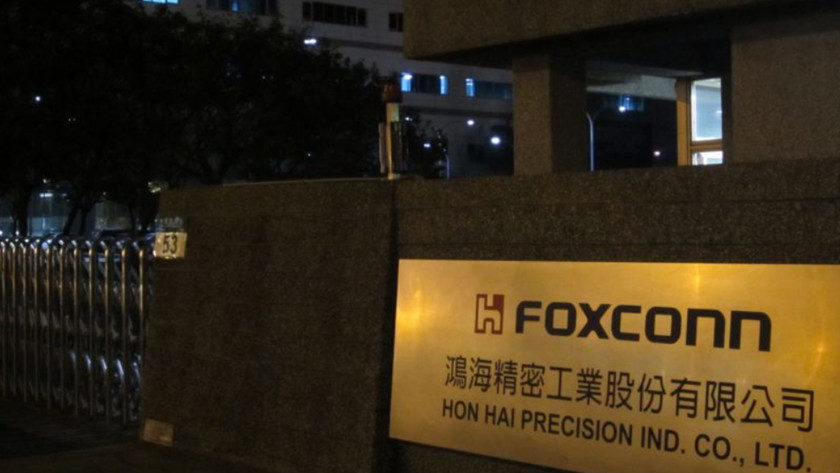 Foxconn en la picota: estudiantes montando iPhone X 11 horas diarias