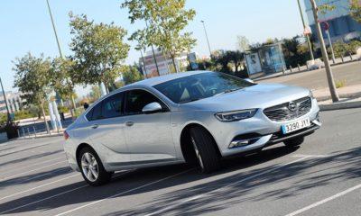 Opel Insignia 2017, agazapado 454