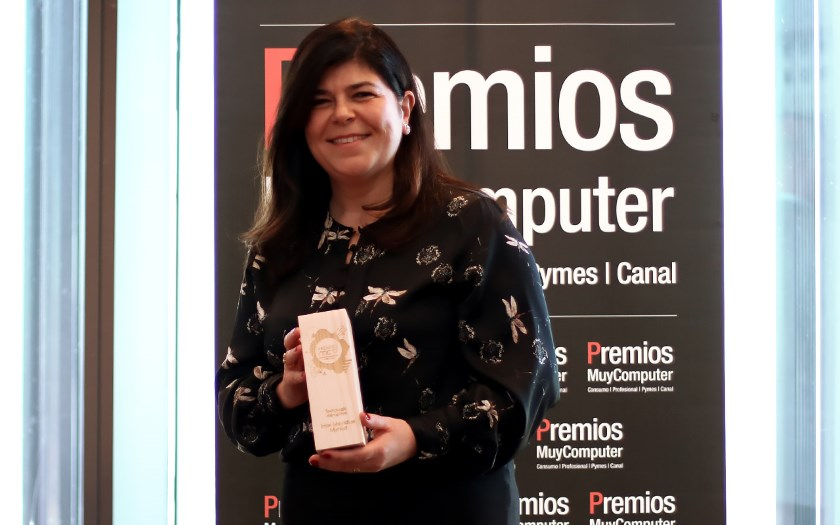"Premio MC 2017 ""Mejor tecnología disruptiva"": Intel Movidius Myriad 29"