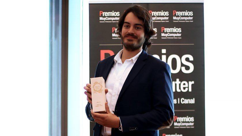 """Premio MC 2017 """"Mejor portátil eSports"""": Lenovo Legion Y720"""