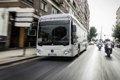 Mercedes apuesta por los autobuses eléctricos para 2018
