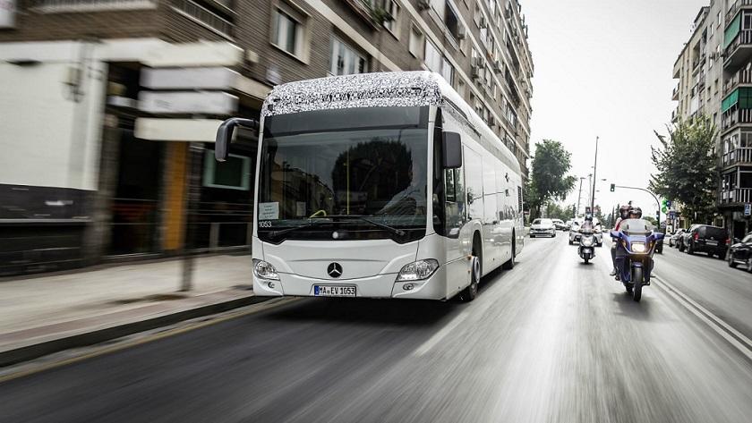 Mercedes apuesta por los autobuses eléctricos para 2018 29