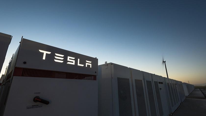 Tesla ha finalizado la construcción de la batería más grande del mundo 27