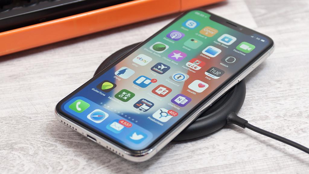 Prueba de doblado del iPhone X de Apple, ¿logra superarla? 28