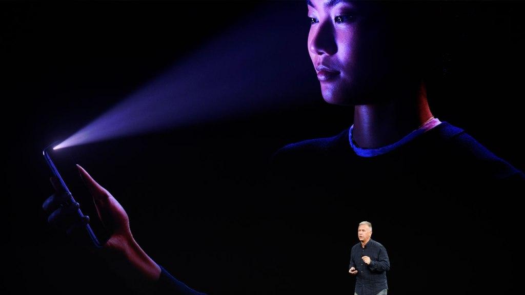 Analista cree que veremos dos iPhone con pantalla OLED en 2018 29