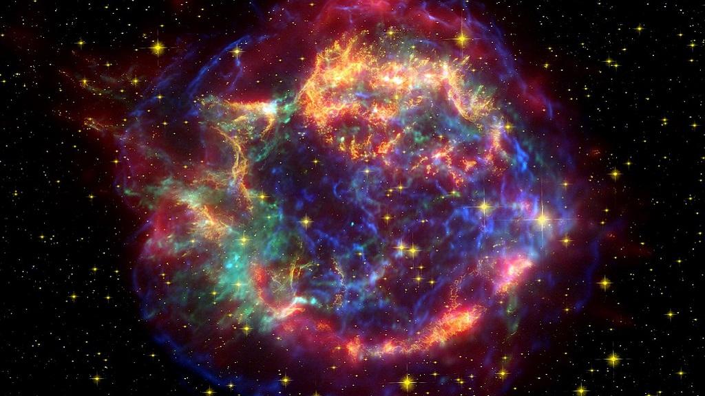 Expertos recrean la supernova Casiopea A en realidad virtual 31