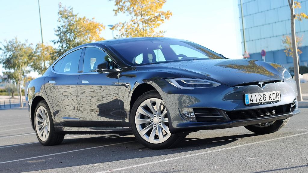 Tesla Model S 100D, sueños 60