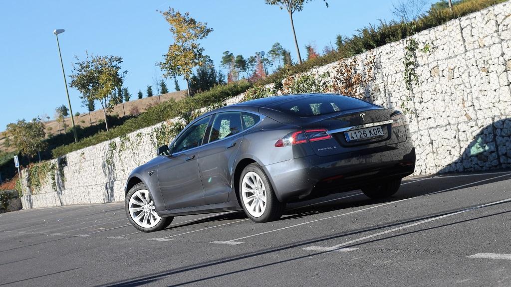 Tesla Model S 100D, sueños 74