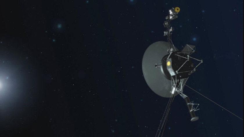 Voyager 1 cambia de trayectoria por primera vez en 37 años