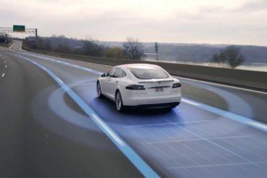Tesla está desarrollando chips propios para inteligencia artificial