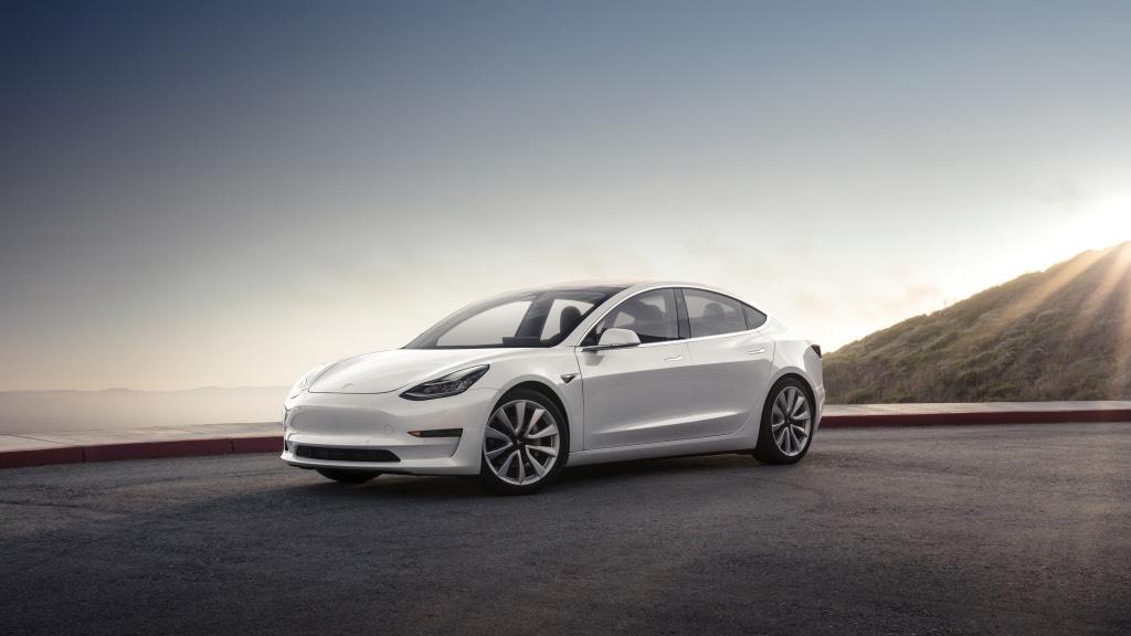 """Nuevo """"huevo de Pascua"""" en los coches Tesla tras la última actualización 31"""