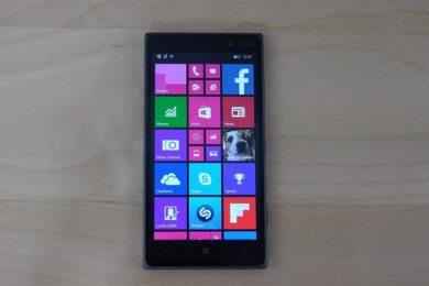Hacen funcionar Windows 10 build 17061 en un Lumia 830