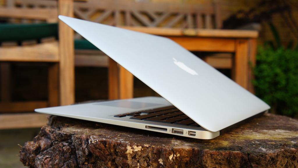 Apple anunciará un MacBook Air económico a mitad de año 28