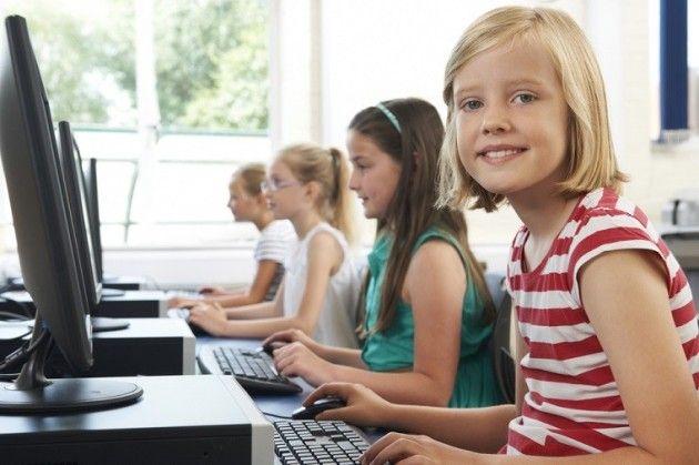 """YouTube Kids ha estado sirviendo vídeos """"conspiranoicos"""" a los niños"""
