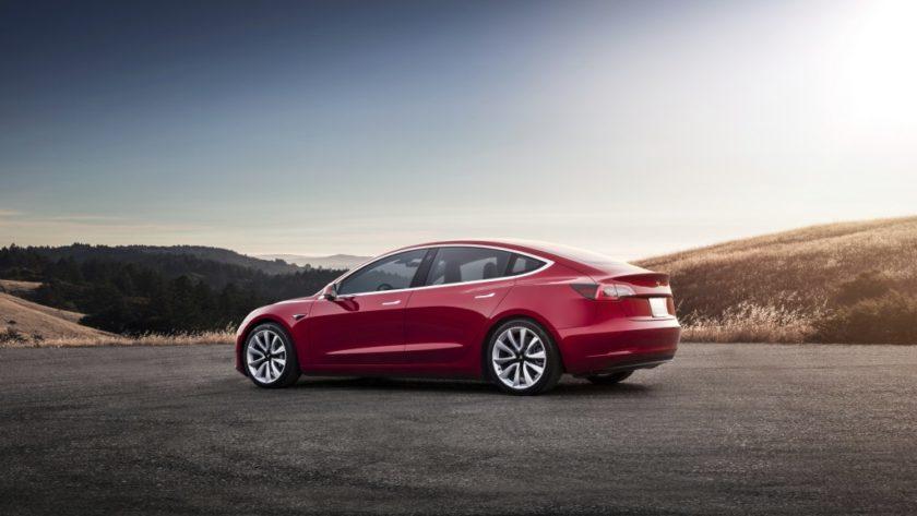 Tesla se vio obligada a pausar la producción del Model 3