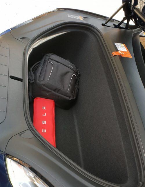 Tesla Model X, sonámbulos 52