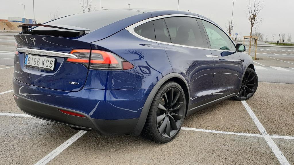 Tesla Model X, sonámbulos 36