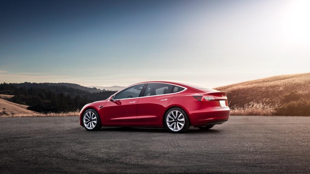 Elon Musk confirma que habrá Model 3 con tracción a las cuatro ruedas 28