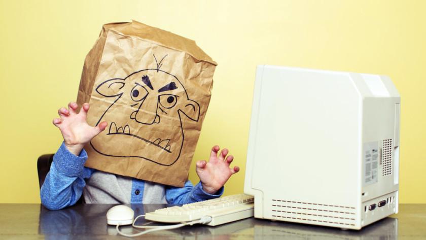 Reino Unido quiere regular Internet para evitar que los trolls ganen 27