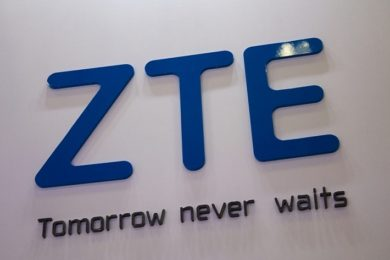 ZTE se libra del bloqueo de Estados Unidos, pero a un alto precio