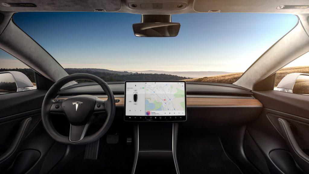 Elon Musk confirma que el Tesla Model 3 llegará a Europa en 2019 29