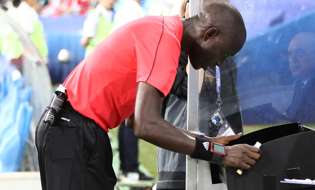 Cómo funciona el VAR en el Mundial de fútbol 2018 35