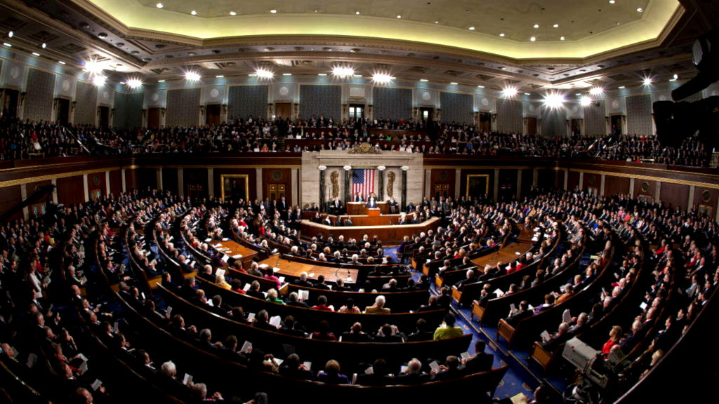 El Senado de Estados Unidos no impondrá más sanciones a ZTE