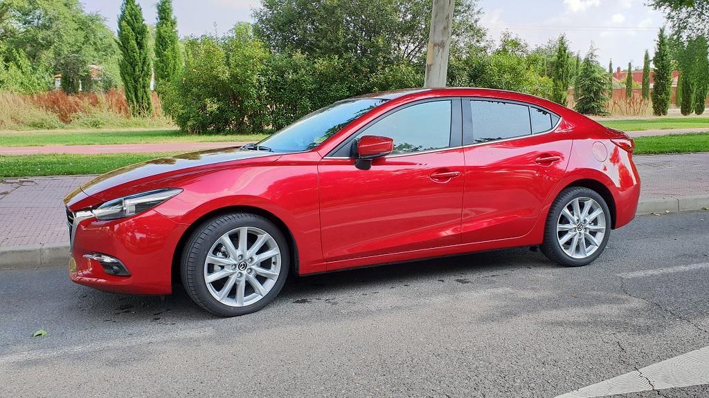 Mazda 3 sedán, suavidad 31