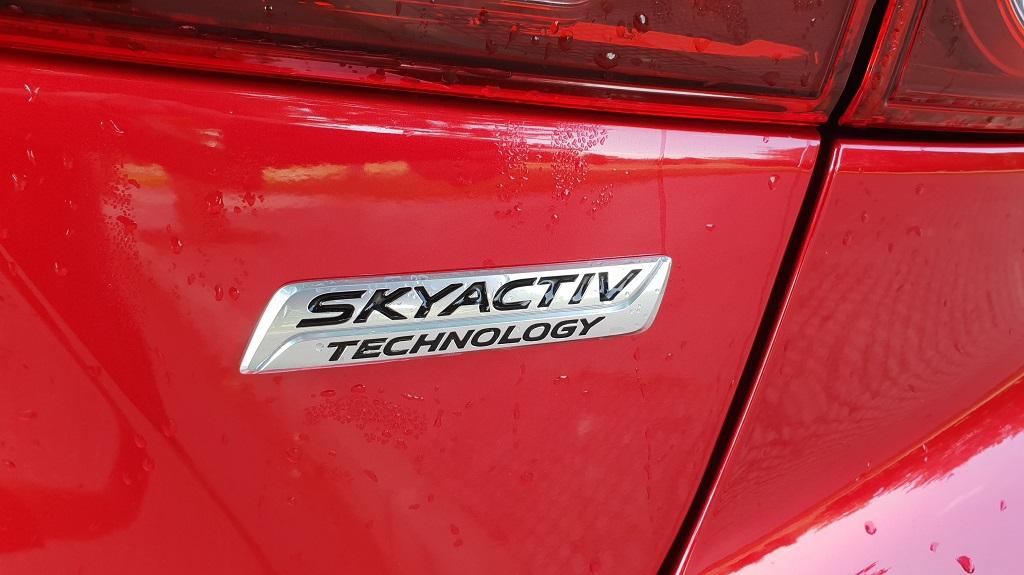 Mazda 3 sedán, suavidad 39