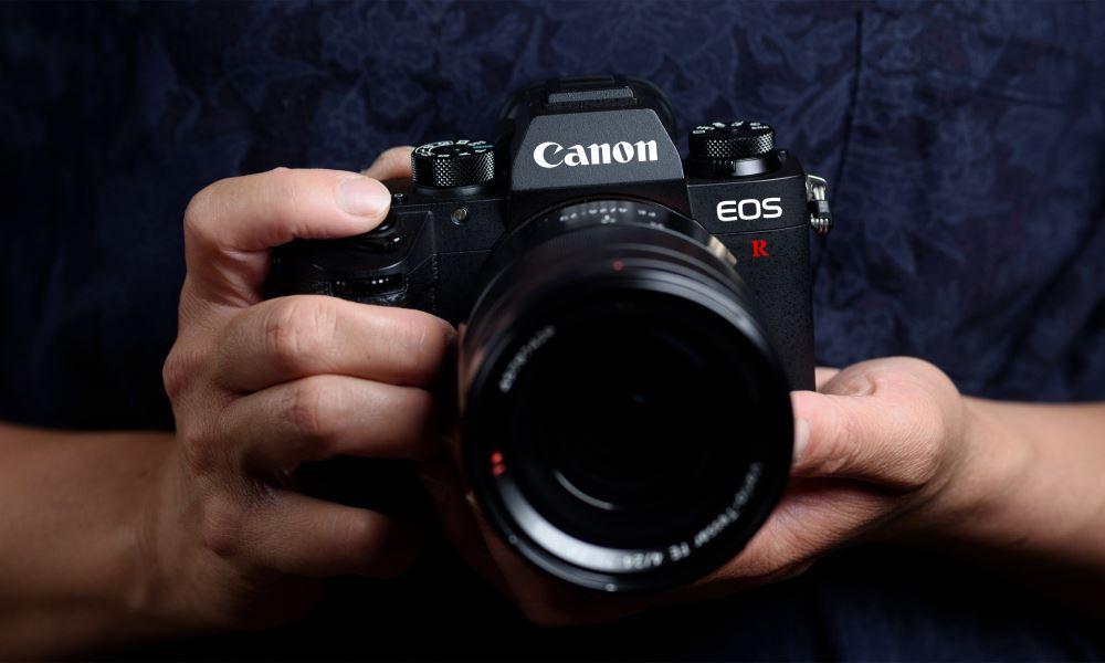Canon se apunta a las mirrorless full frame con la nueva EOS R 32