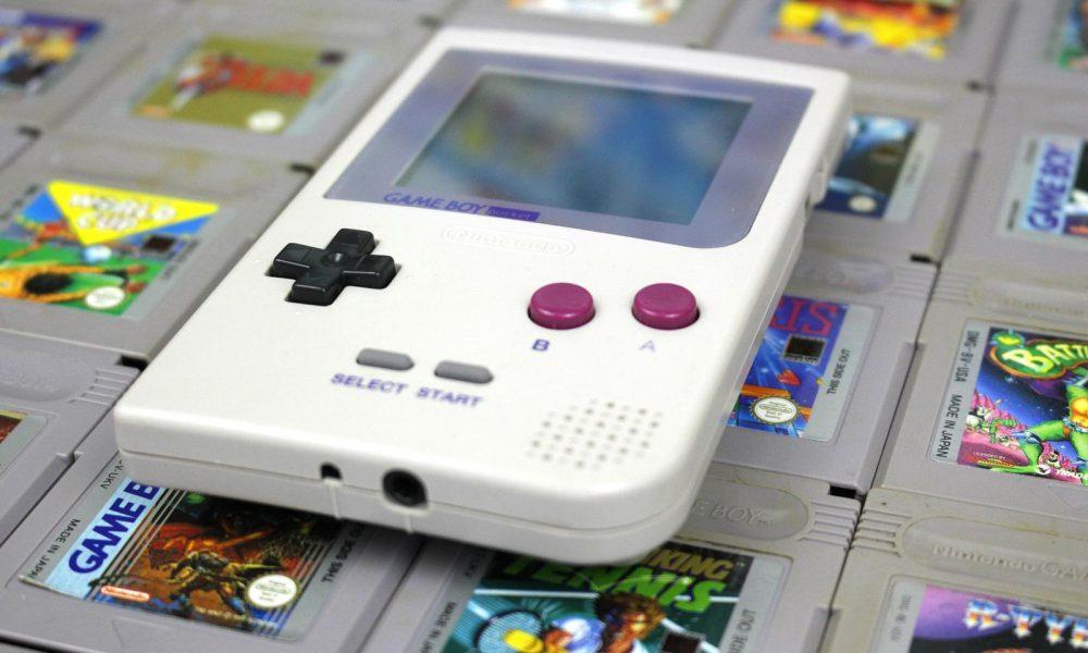 Nintendo patenta funda que convierte tu smartphone en una Game Boy 31
