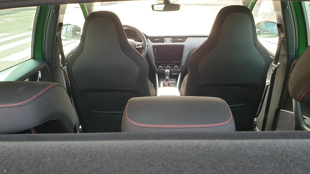 Skoda Octavia RS, adelante 39