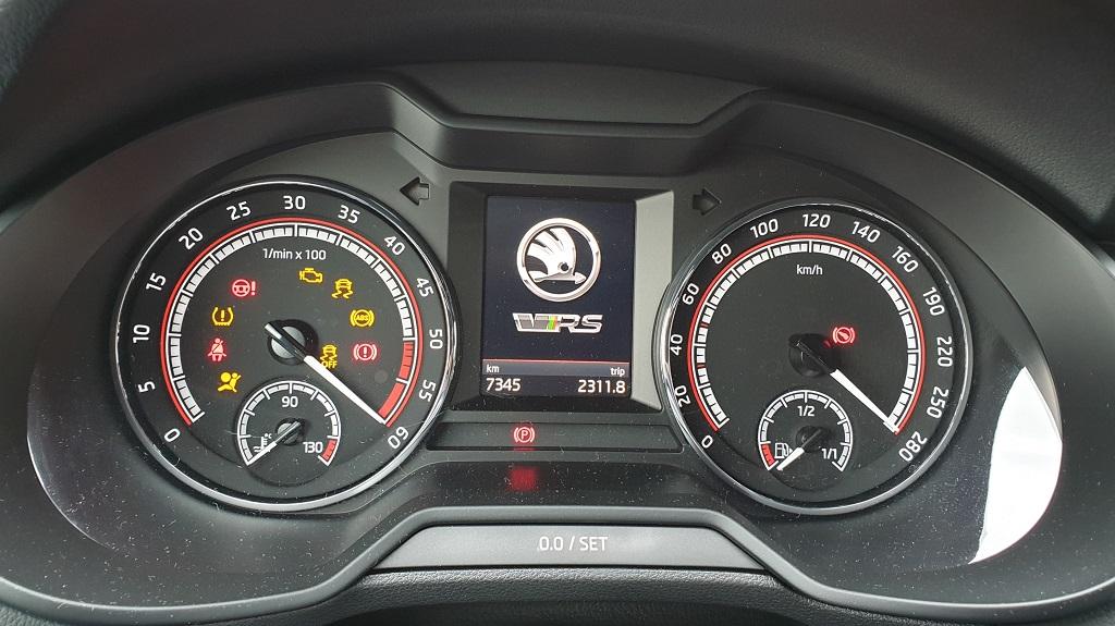 Skoda Octavia RS, adelante 45